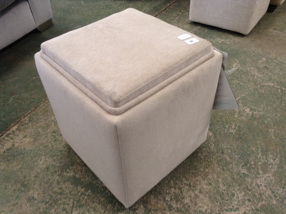 Lot 88 - TAYLOR BEIGE STORAGE FOOTSTOOL (L4-4776608)