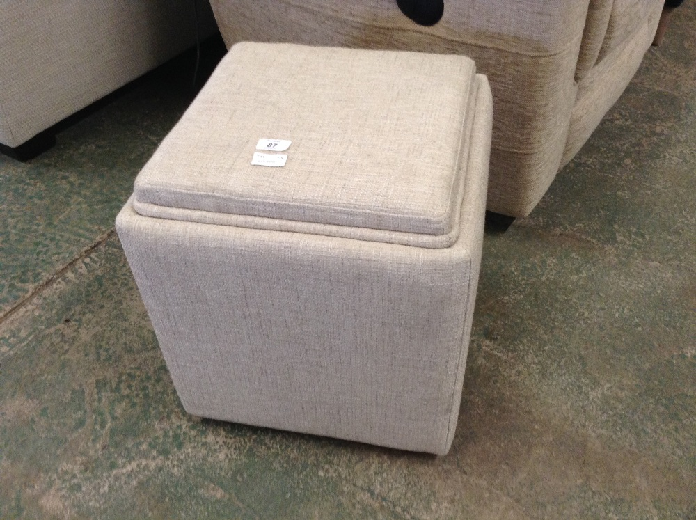 Lot 87 - TAYLOR BISCUIT STORAGE FOOTSTOOL (L4-519500)