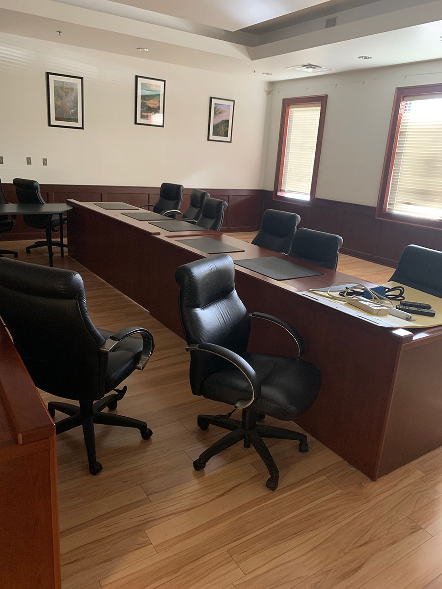 Lot 393 - CONTENTS OF OFFICE; (2) DESKS, (2) CHAIRS, AND (2) FILE CABINETS