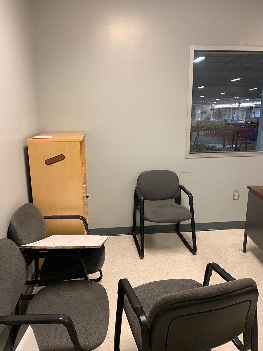 Lot 301 - CONTENTS OF OFFICE; (2) DESKS, (2) CABINETS, AND (5) CHAIRS