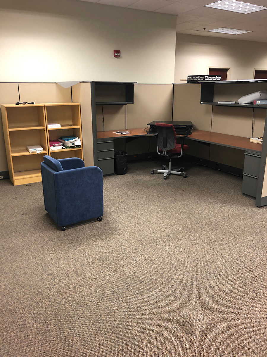 Lot 395 - CONTENTS OF MODULAR OFFICE