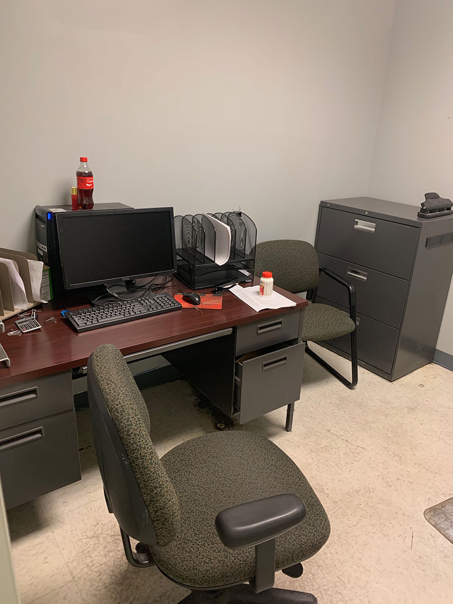Lot 304 - CONTENTS OF OFFICE; (2) DESKS, (2) CHAIRS, AND FILE CABINET