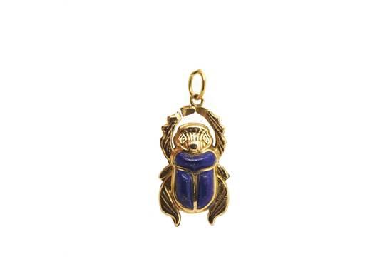 Gold and lapislazuli egyptian scarab pendant colgante diseo gold and lapislazuli egyptian scarab pendant colgante diseo escarabajo egipcio en oro y lapislz aloadofball Choice Image