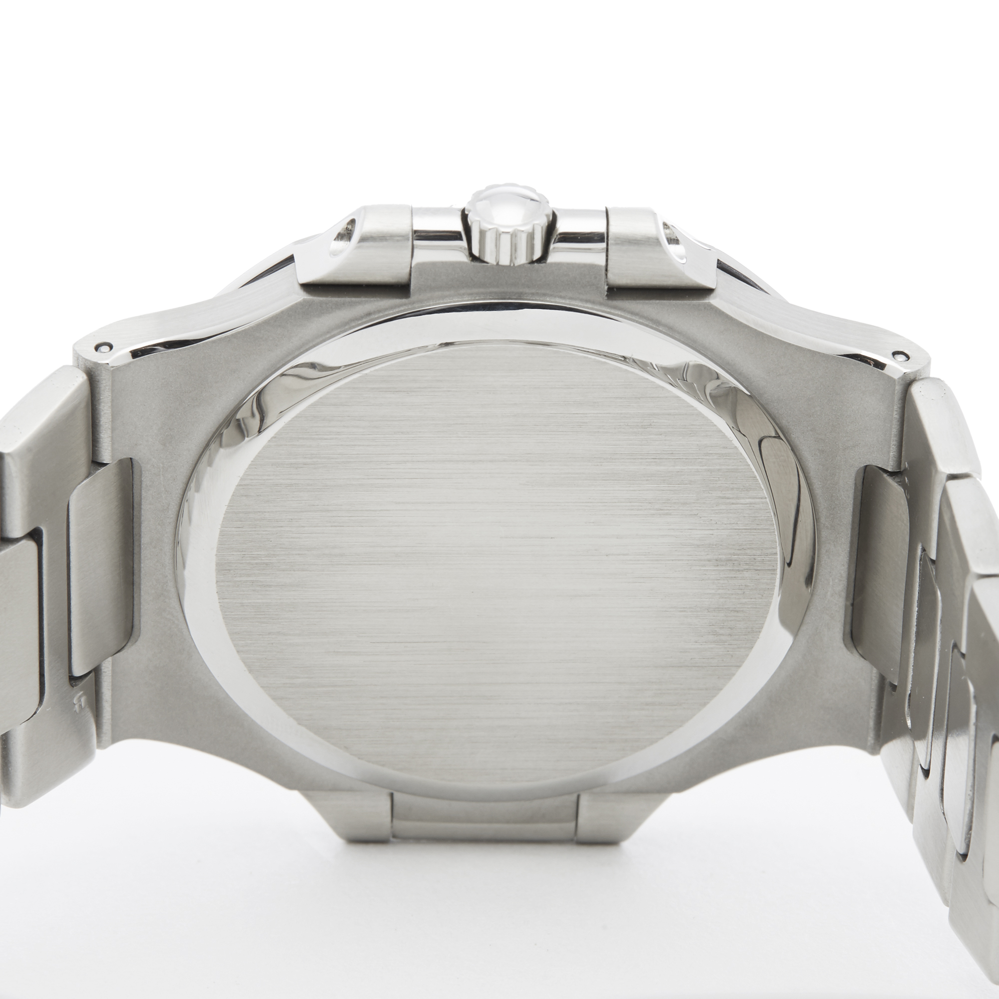 Lot 23 - Patek Philippe Nautilus Stainless Steel - 3700