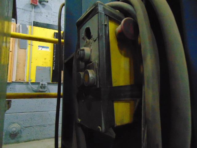 """CARDBOARD BALER, 30"""" dp. x 60""""W. opening - Image 2 of 2"""