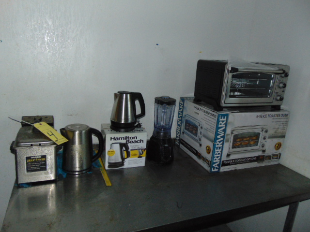LOT CONSISTING OF: (2) deep fryers, (2) electric kettles, blender & toaster oven