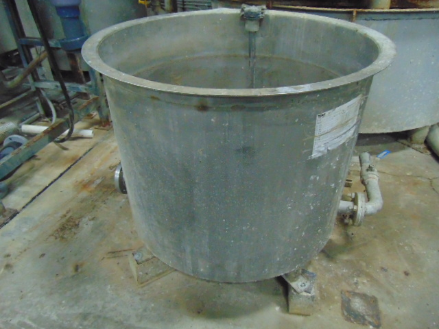 BUFFER TANK, TAIWAN PULP MOLDING MDL. TPM-BTAE, approx. 150 gal., w/pump - Image 8 of 8