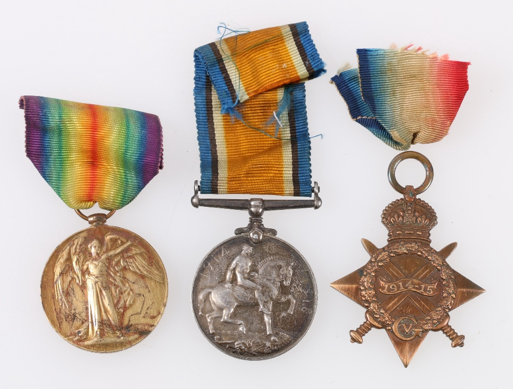 Lot 222 - WWI trio comprising War medal and Victory medal to 2 LIEUT E MACKINNON and 1914-15 Star to 2325 L