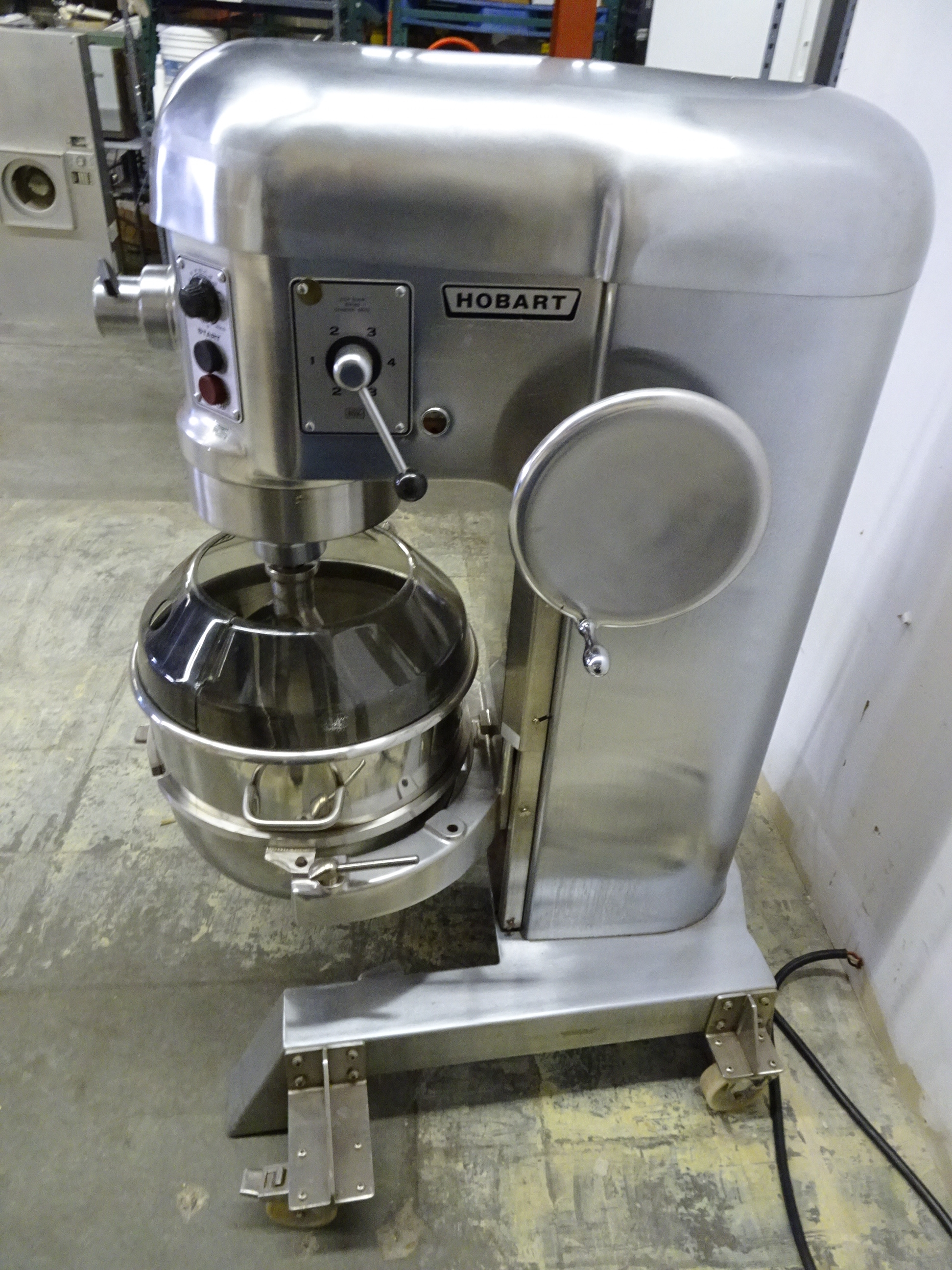 Lot 18 - Hobart Model H600DT 2HP Variable Speed Mixer With Manual Bowl lift, Bowl, Mixer, Mixing Guard, 460V,