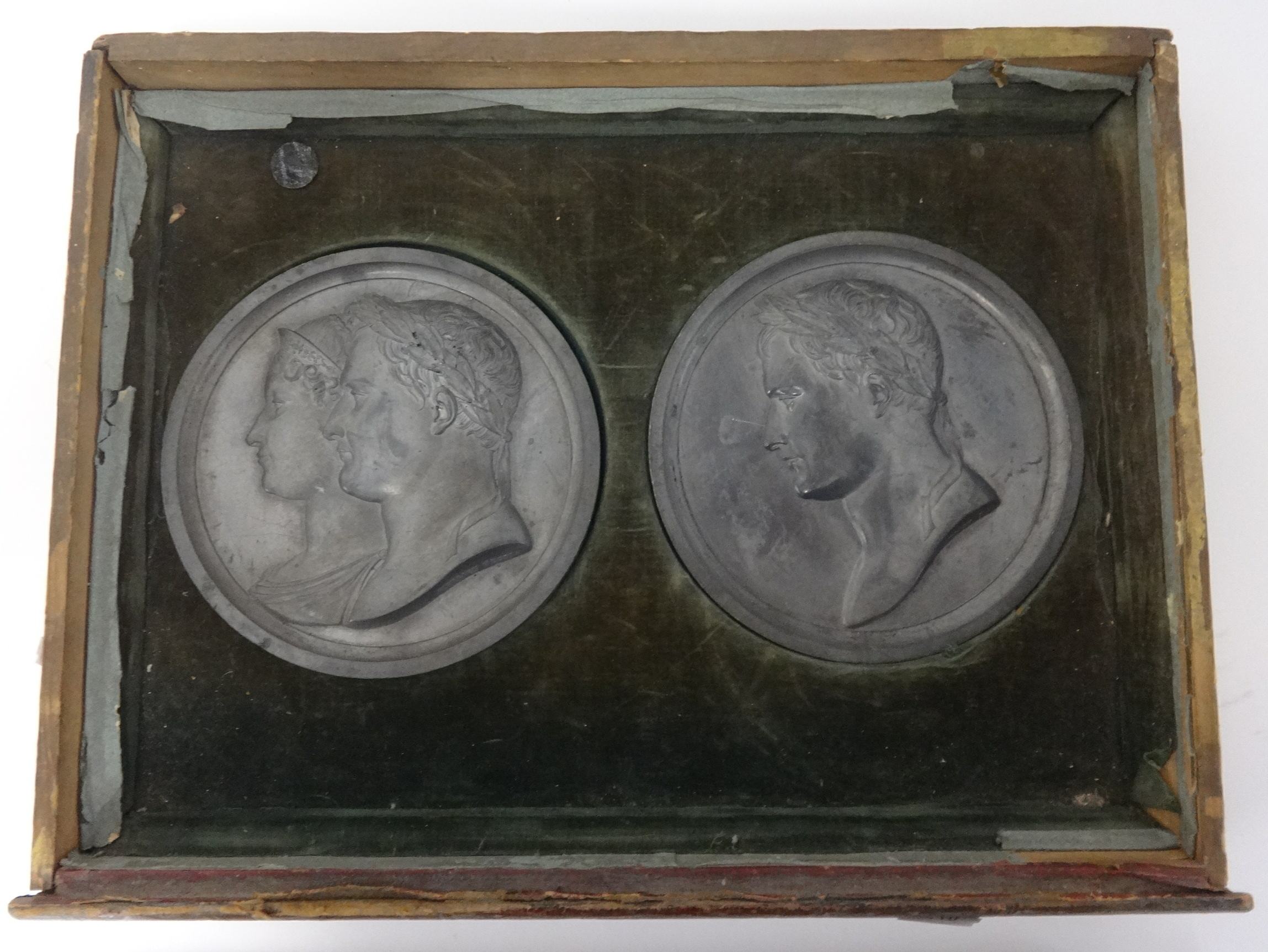 Lot 020 - An interesting collection of ten historic metal medallions in recess trays including Napoléon