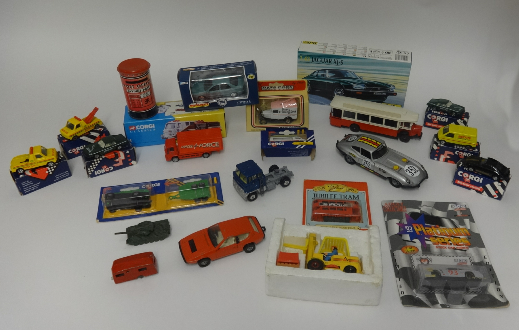 Lot 005 - A tray of various toys, mainly Corgi plus a bag of plastic figures and a Heller Jaguar XJS plastic