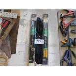 LOT OF LAWN MOWER BLADES