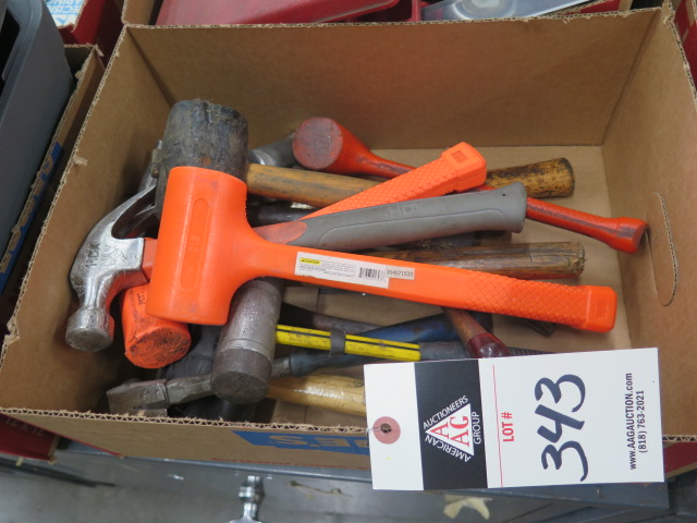 Lot 343 - Hammers and Mallots