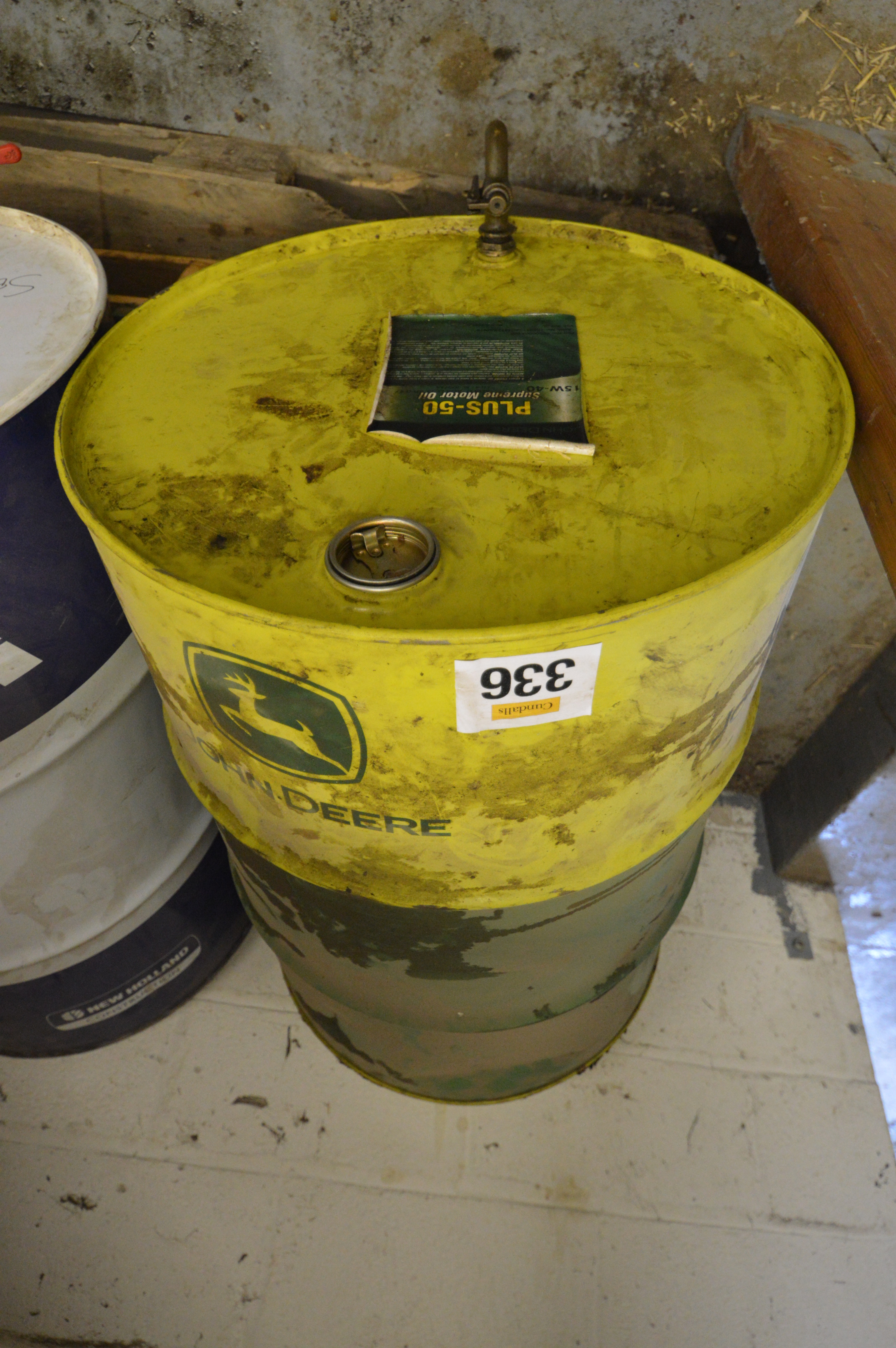 John deere plus 50 motor oil 15w40 part barrel for Motor oil by the barrel