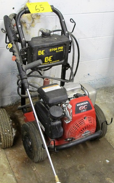 Lot 65 - BE POWER WASHERS BE2700 PSI, 2.3 GPM POWER WASHER W/HONDA GC160 EASYSTART GAS ENGINE AND SPRAY GUN