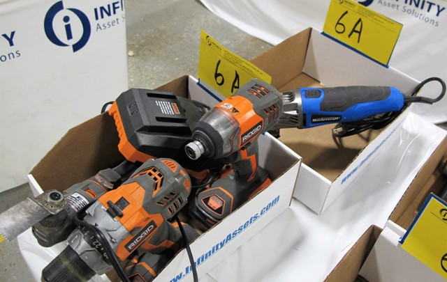 Lot 6A - LOT OF 2 BOXES OF ELECTRIC HAND TOOLS (RIDGID, MASTERCRAFT) MULTI