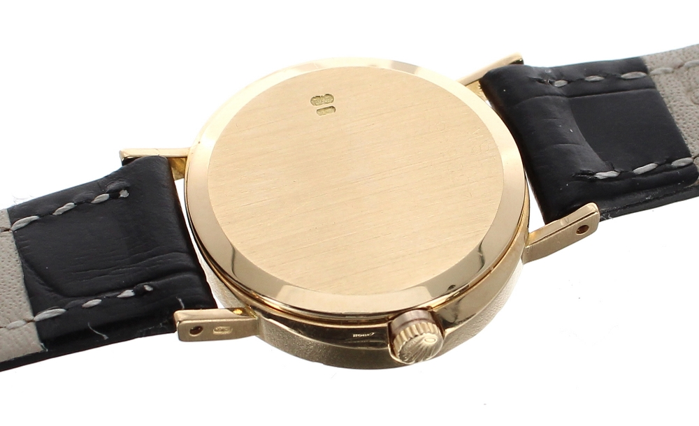 Lot 29 - Rolex Cellini 18k oval cased lady's wristwatch, oval white dial, signed cal. 1600 19 jewel movement,
