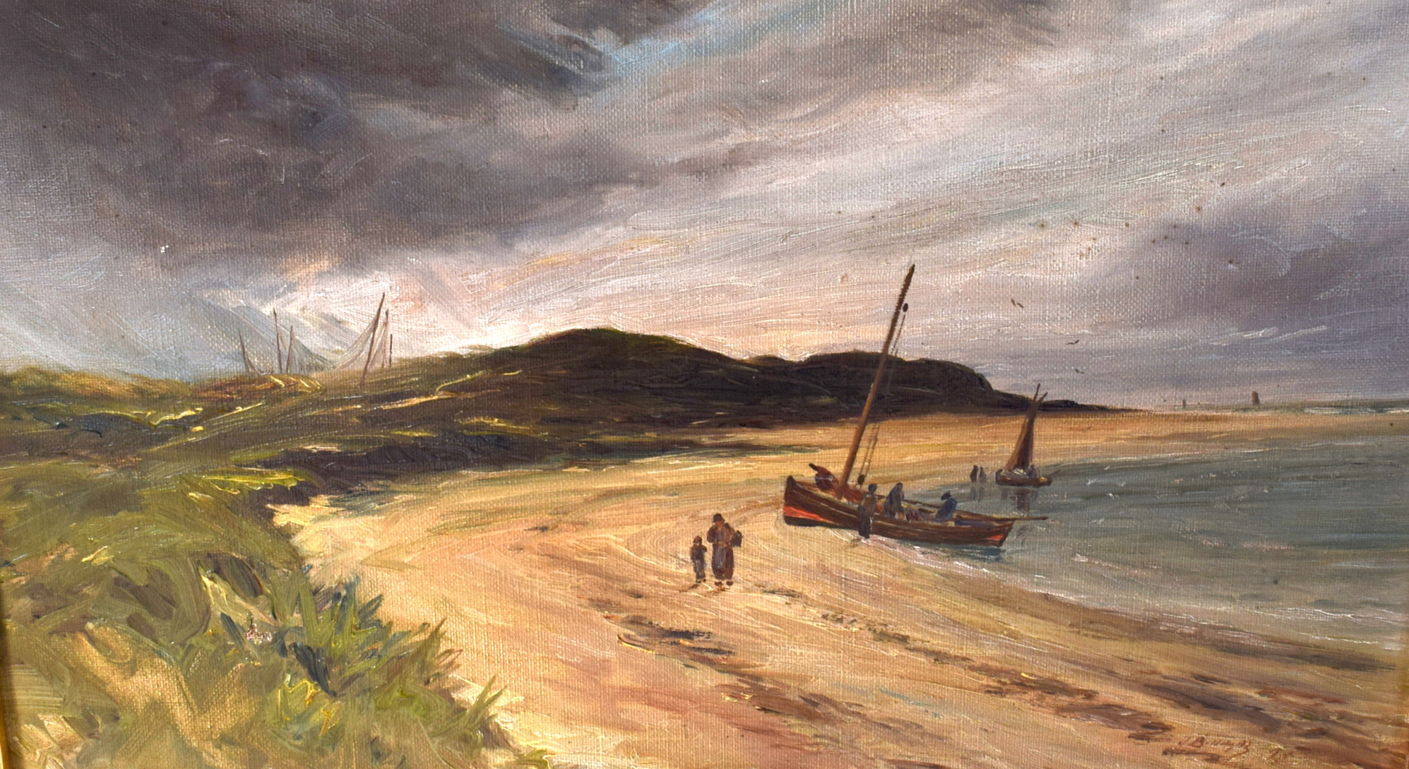 Lot 2520 - BRITISH SCHOOL (Early 20th century) FRAMED OIL ON CANVAS, figures walking on the beach in a coastal