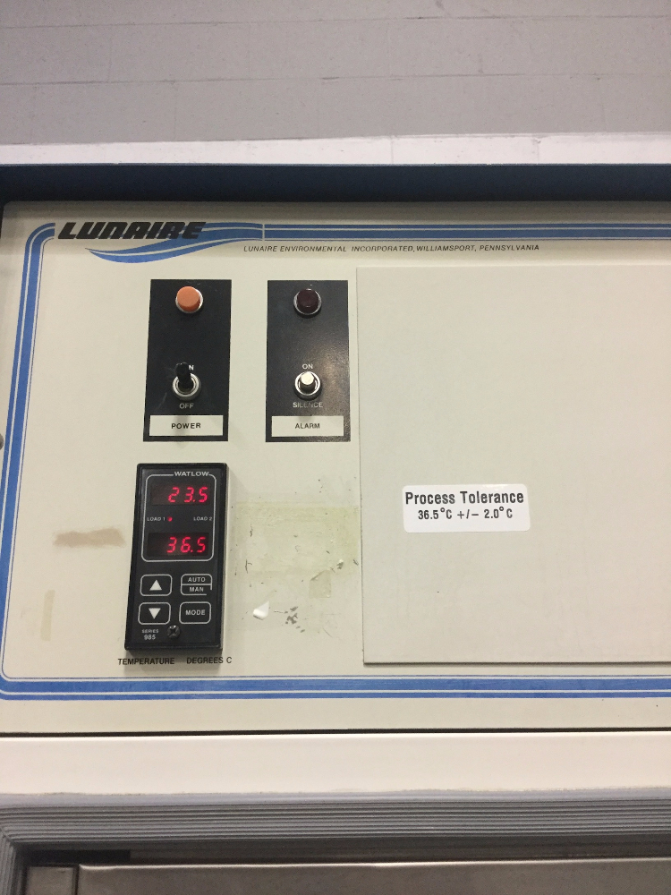 Lot 14 - Lunaire C10632W-1 Environmental Chamber