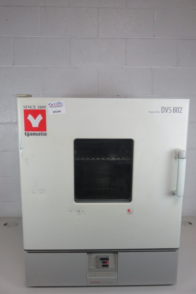 Lot 27 - Yamato DVS602 Natural Convection Oven