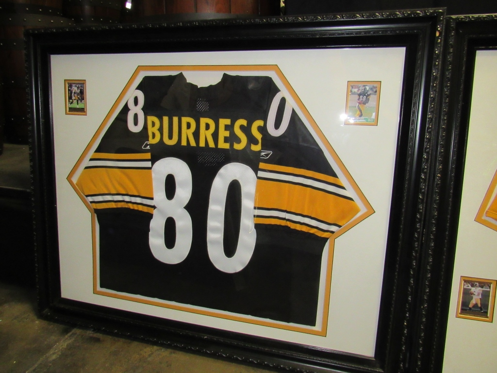 Lot 2039 - #80 PLEXICO BURRESS NFL STEELERS JERSEY FRAMED
