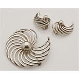 Lot 103 - STYLISH MODERNIST DANISH SILVER BROOCH EARRING SET BY B MARGOSSIAN
