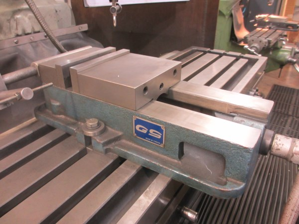 Lot 42 - MACHINE VISE - QS 6 INCH , (OFFSITE @ 1395 N. GRANDVIEW HWY., VANCOUVER, FOR INFO - EDDIE @ 604-