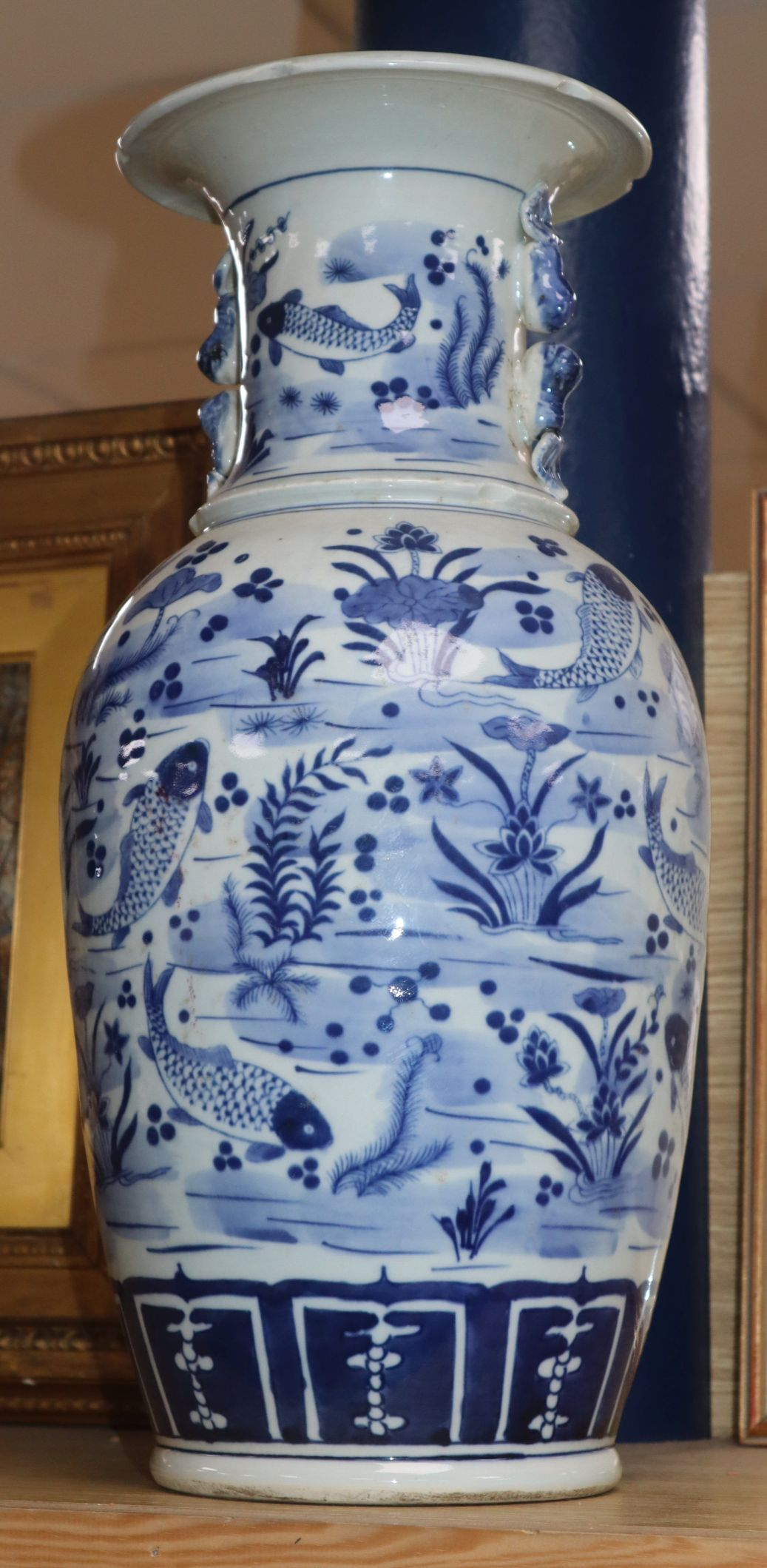 A Chinese blue and white fish vase height 43cm
