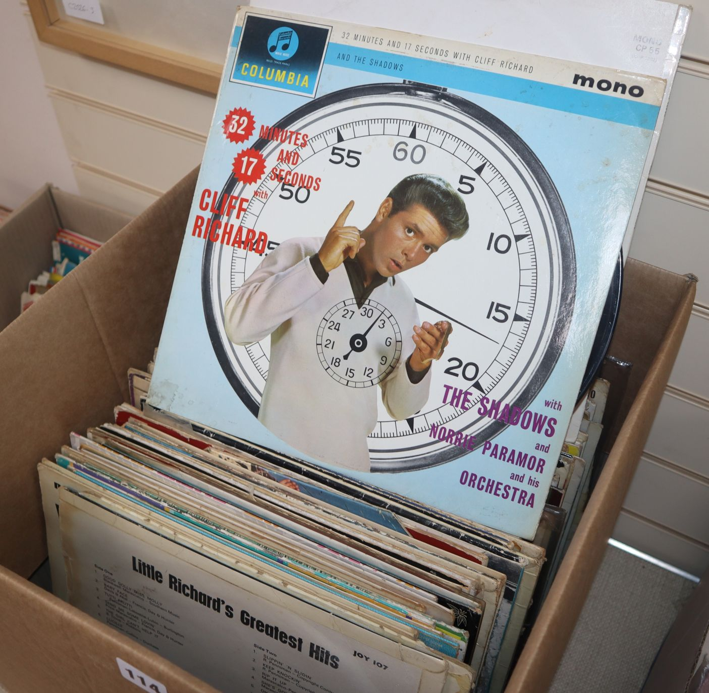 Lot 114 - A quantity of records