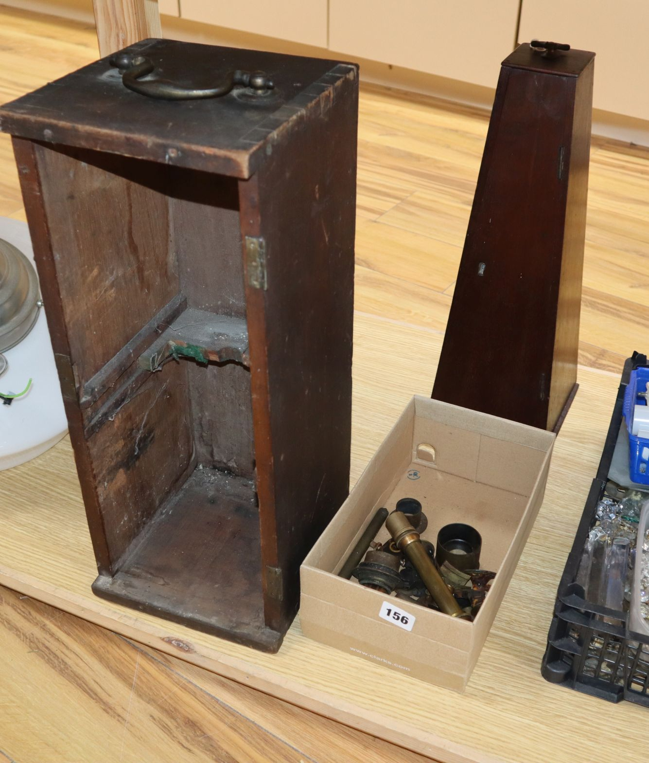 Lot 176 - A Culpepper type microscope box, one other and microscope parts