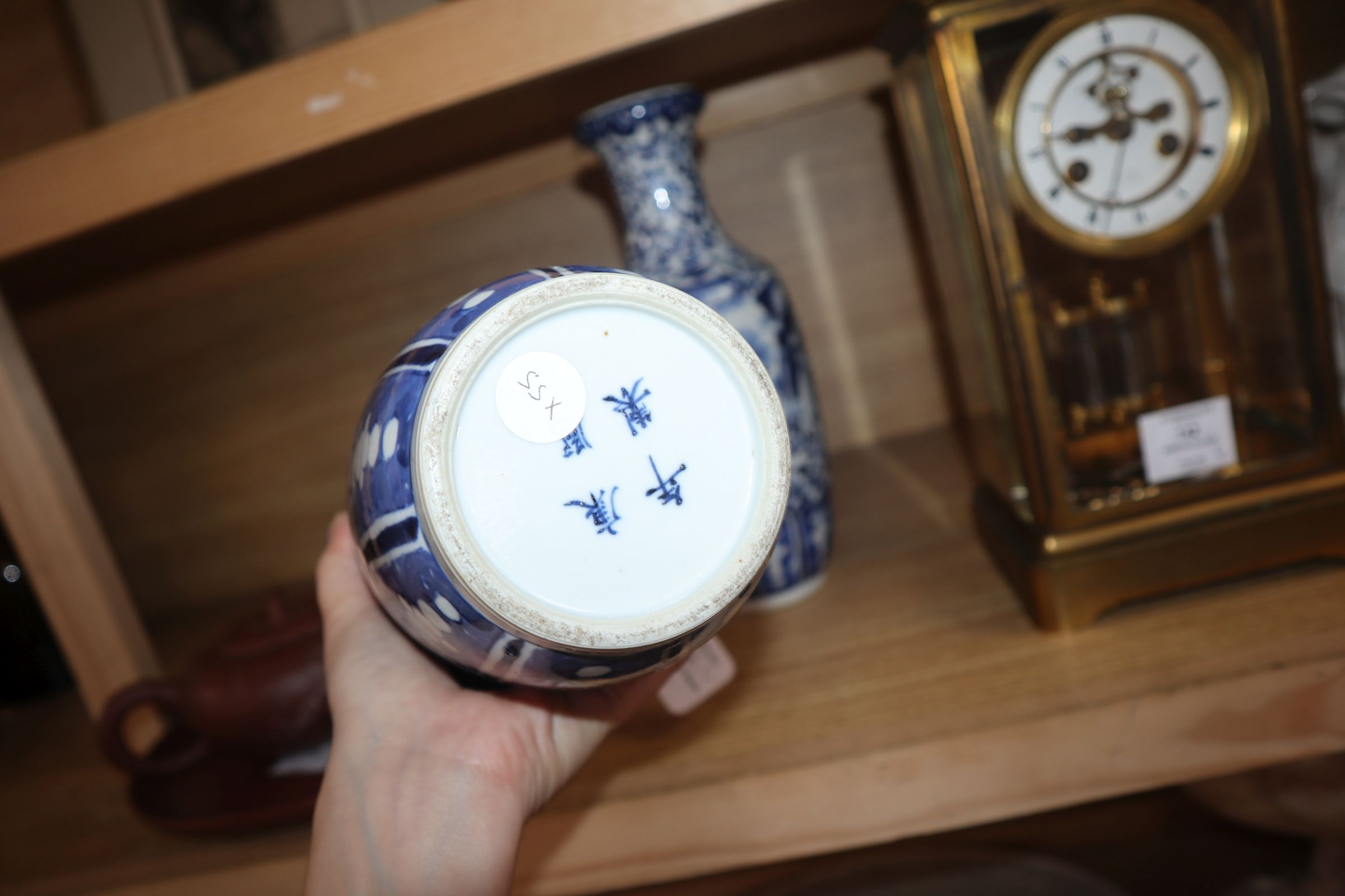 A pair of 19th century Chinese blue and white vases height 30cm - Image 7 of 7