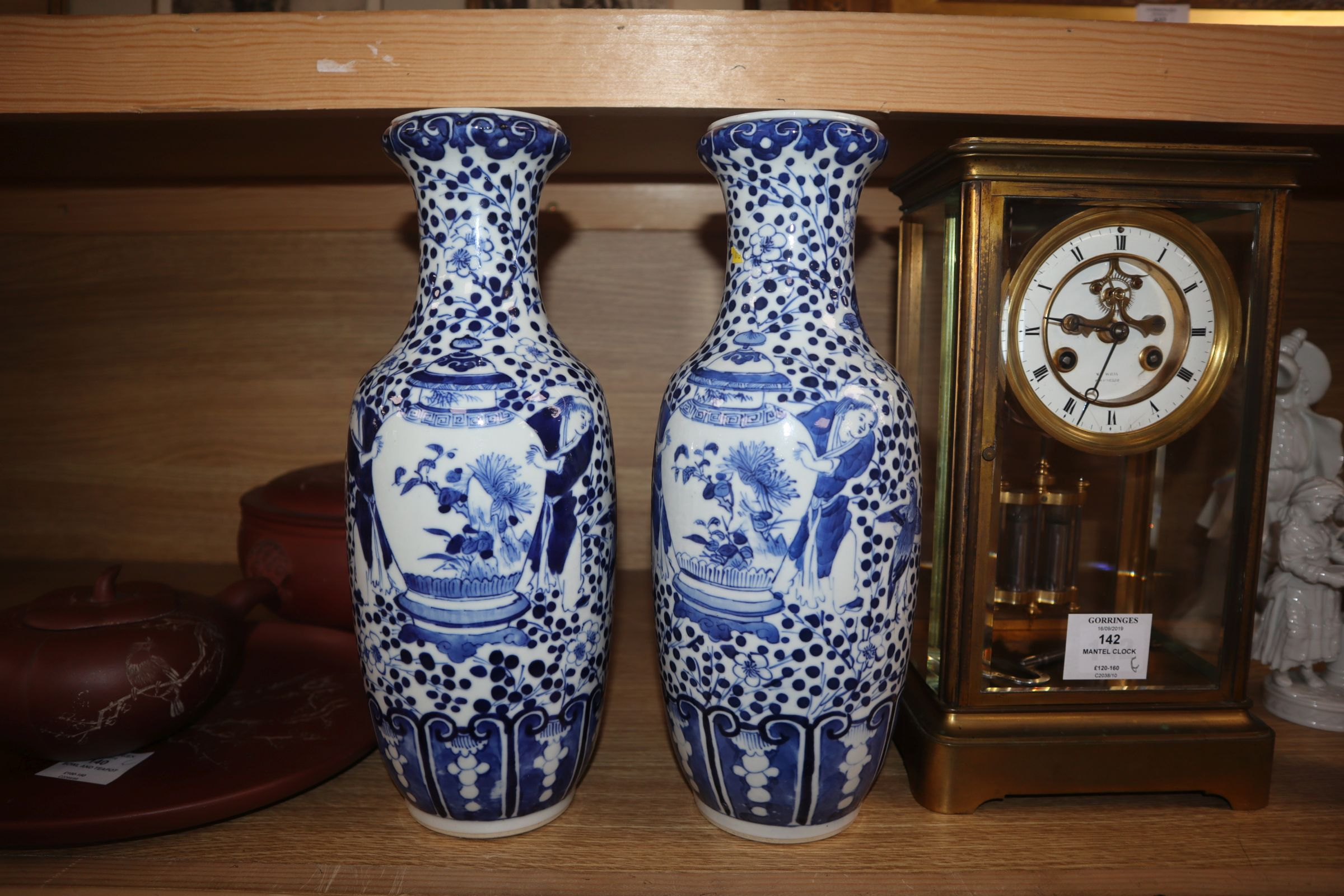 A pair of 19th century Chinese blue and white vases height 30cm - Image 5 of 7