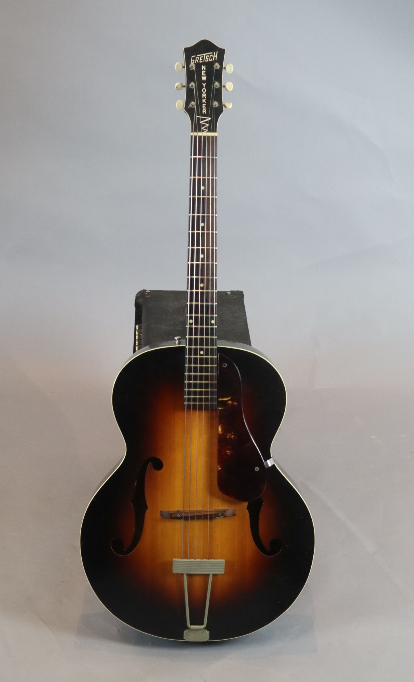 Lot 122 - A Gretsch New Yorker 1954 semi-hollow body guitar, with hard case