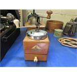 Mokkaffee Coffee grinder