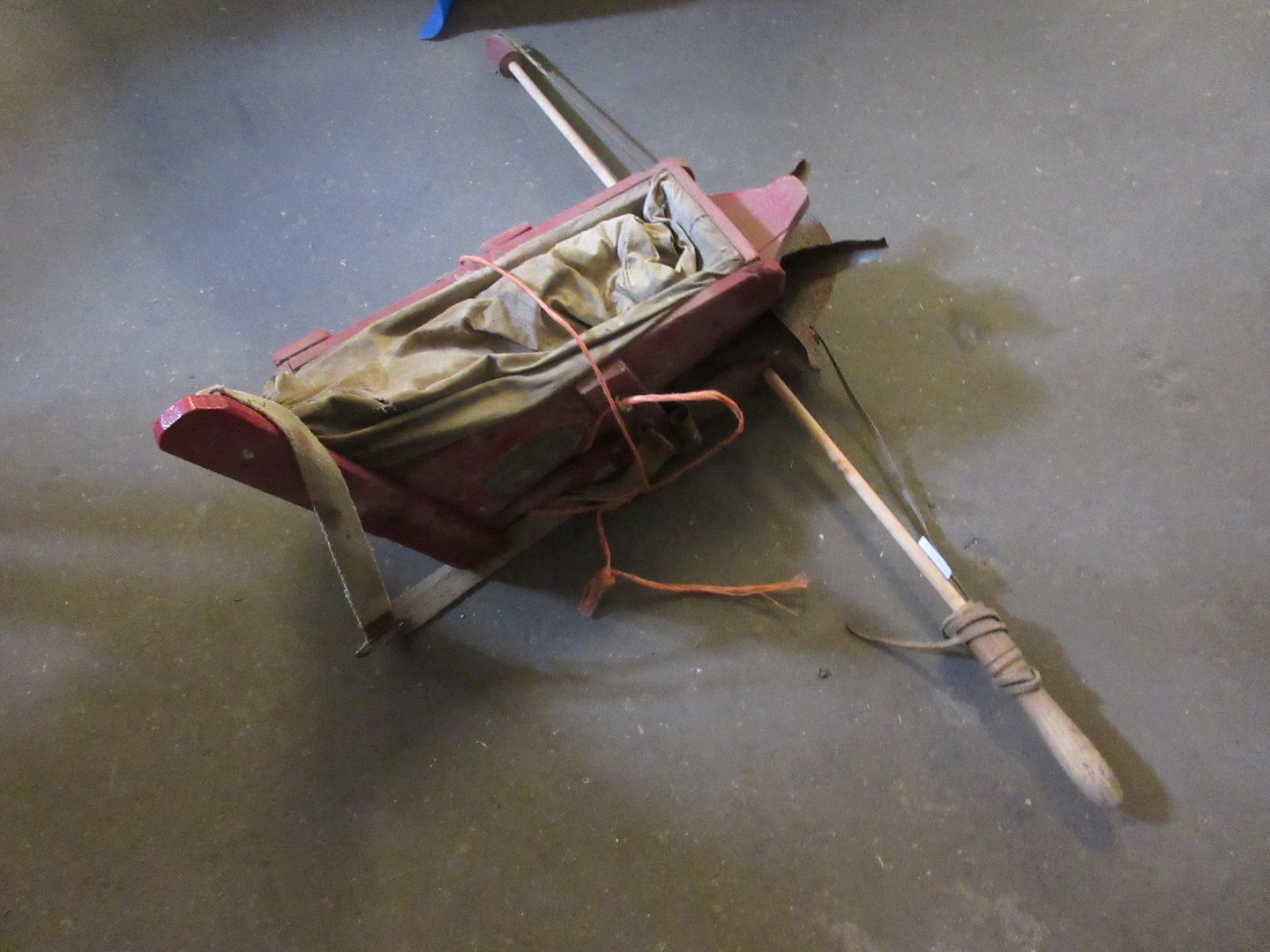 Lot 19 - Rare mid 20th century seed fiddle plated by Randall of North Walsham