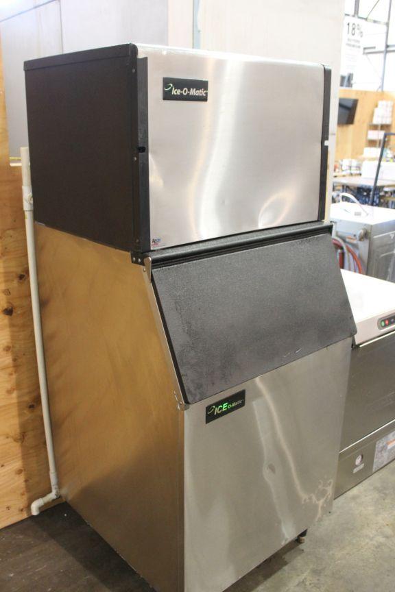 lot 2 ice o matic 500 lb ice machine bin model ice0500ha4 - Ice O Matic Ice Machine