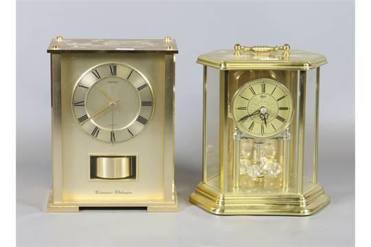 Quartz westminster chime mantel clock