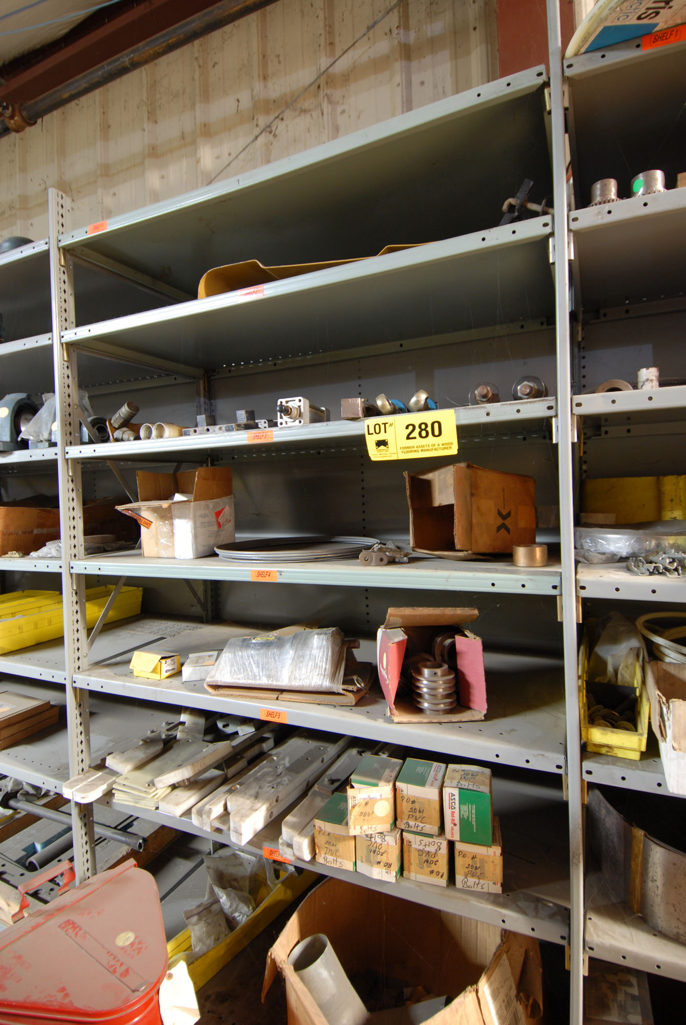 Lot 280 - LOT/ CONTENTS OF SHELF (SPARE PARTS)
