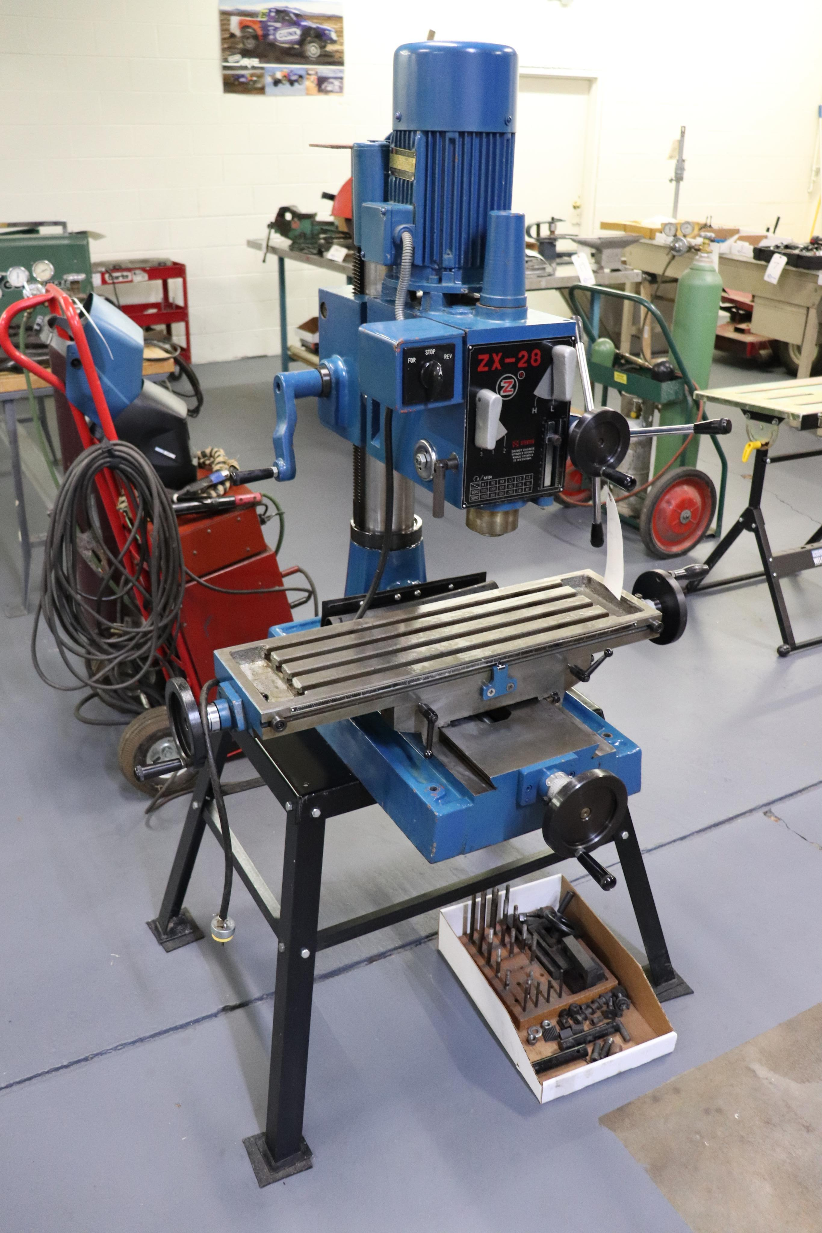 Motor-Car Gear Factory ZX-28 vertical milling machine - Image 2 of 7