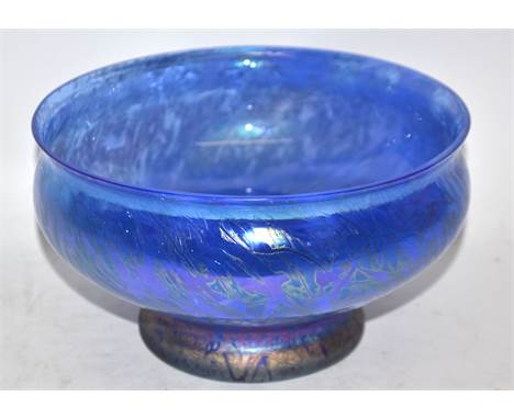 Blue glass bowl of Loetz type, 20cm diam
