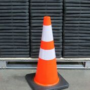 Lot 129 - LOT: (40) UNUSED 2019 Safety Highway Cones