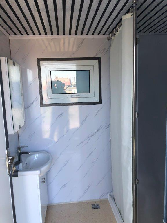 Lot 123 - Mobile Toilet with Shower