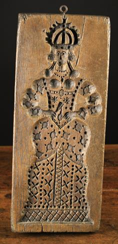 Lot 7 - A Large Late 17th/Early 18th Century Ginger Bread Mould -double sided with a crowned King carrying