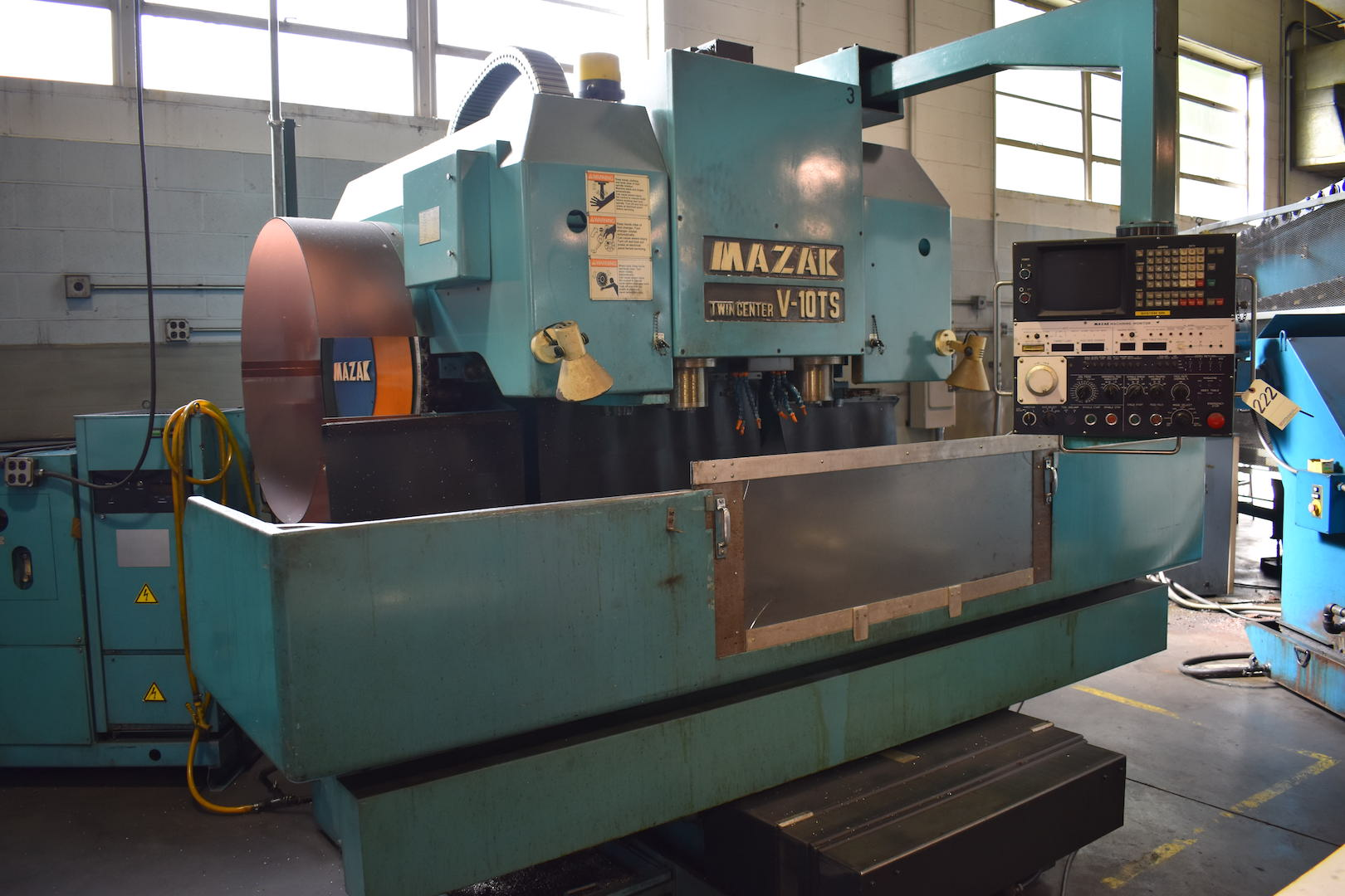 Lot 222 - Mazak Model Twin Center V-10TS Twin-Spindle CNC Vertical Machining Center, S/N 60972 (1985), Fanuc