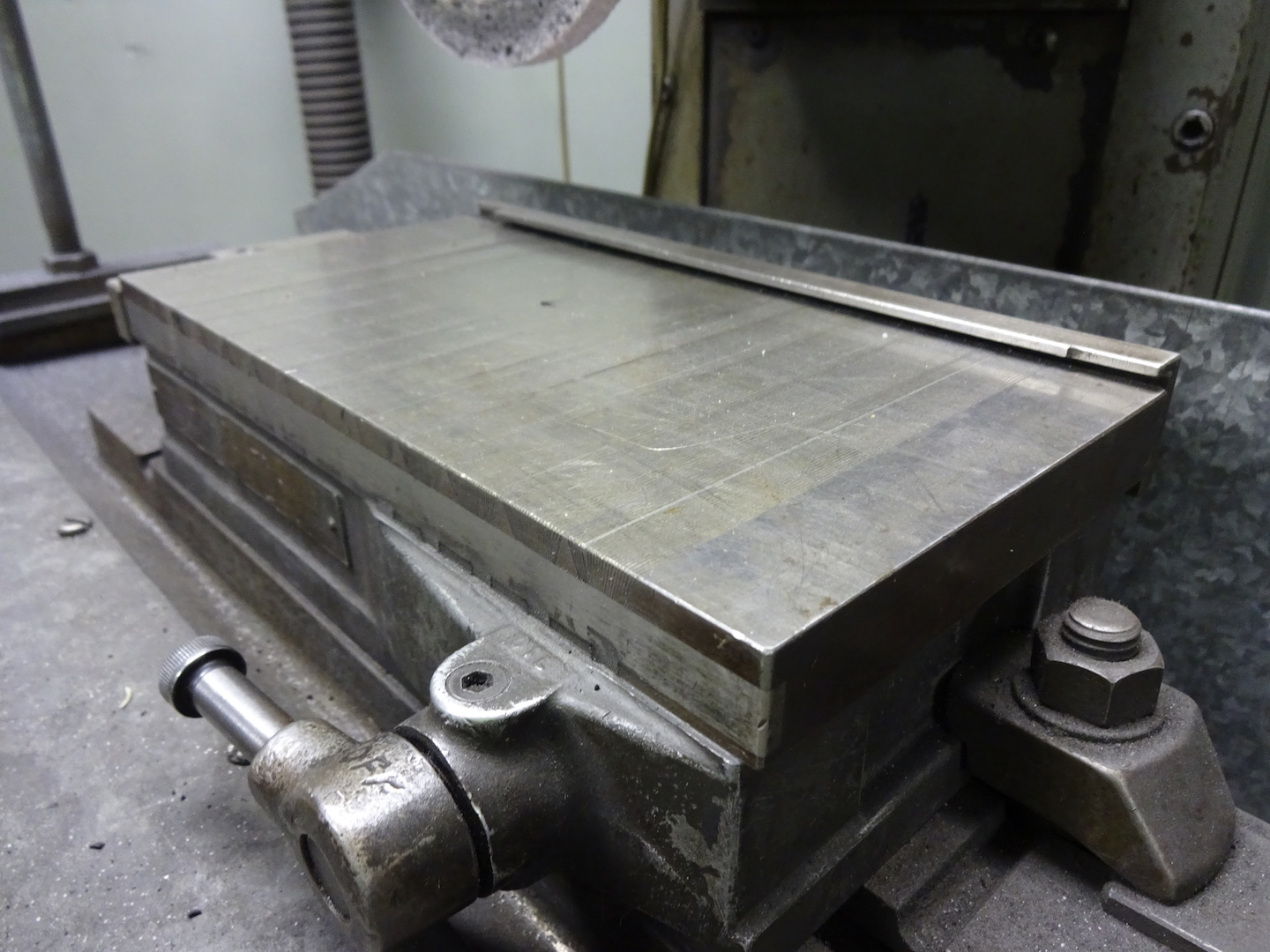 Lot 123 - Brown & Sharpe 5 in. x 10 in. Model 510 Hand Feed Surface Grinder, S/N 523-510-1238