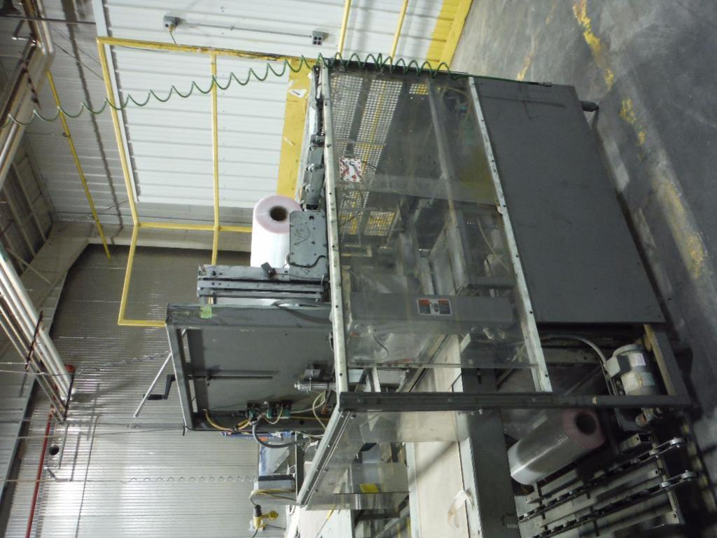 Lot 51 - Doboy shrink bundler, Model SW-100W, SN 92-14767, feed rolls ** Rigging Fee: $ 500** (Located in: Ma