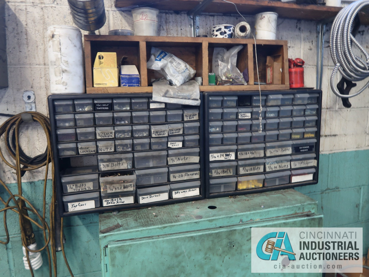 (LOT) CONTENTS OF MAINTENANCE ROOM, (10) CABINETS & SHELVES WITH BUILDING & MACHINE MAINTENANCE - Image 5 of 11