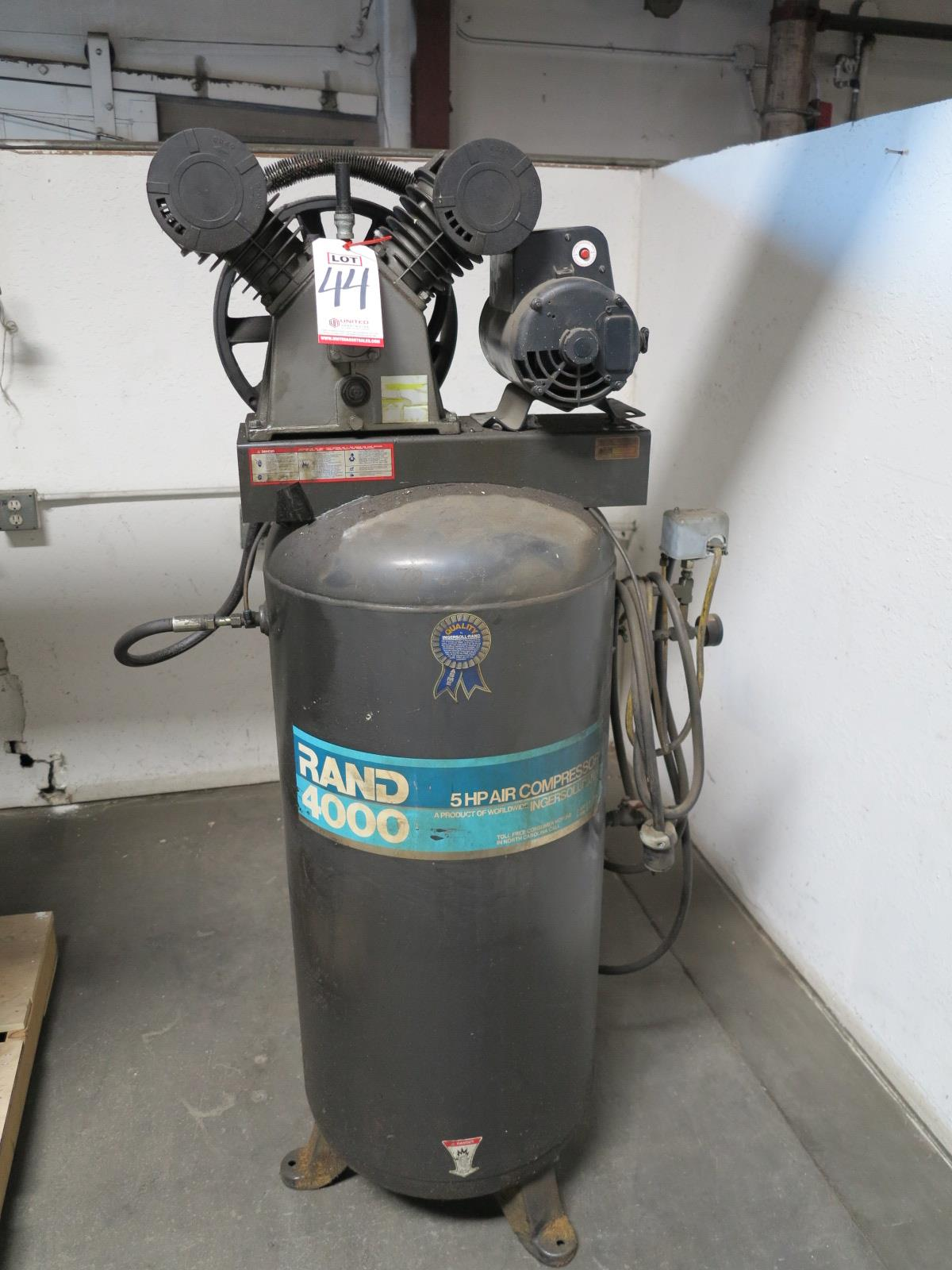 Lot 44 - INGERSOLL-RAND 5 HP AIR COMPRESSOR, MODEL RAND 4000, 60 GAL TANK, MOTOR IS UNATTACHED
