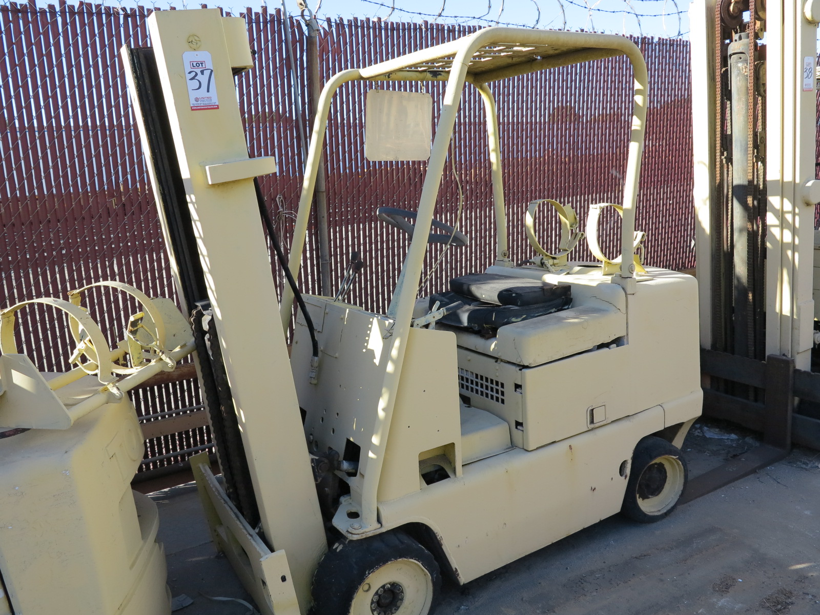 Lot 37 - CATERPILLAR LP FORKLIFT, OUT OF SERVICE
