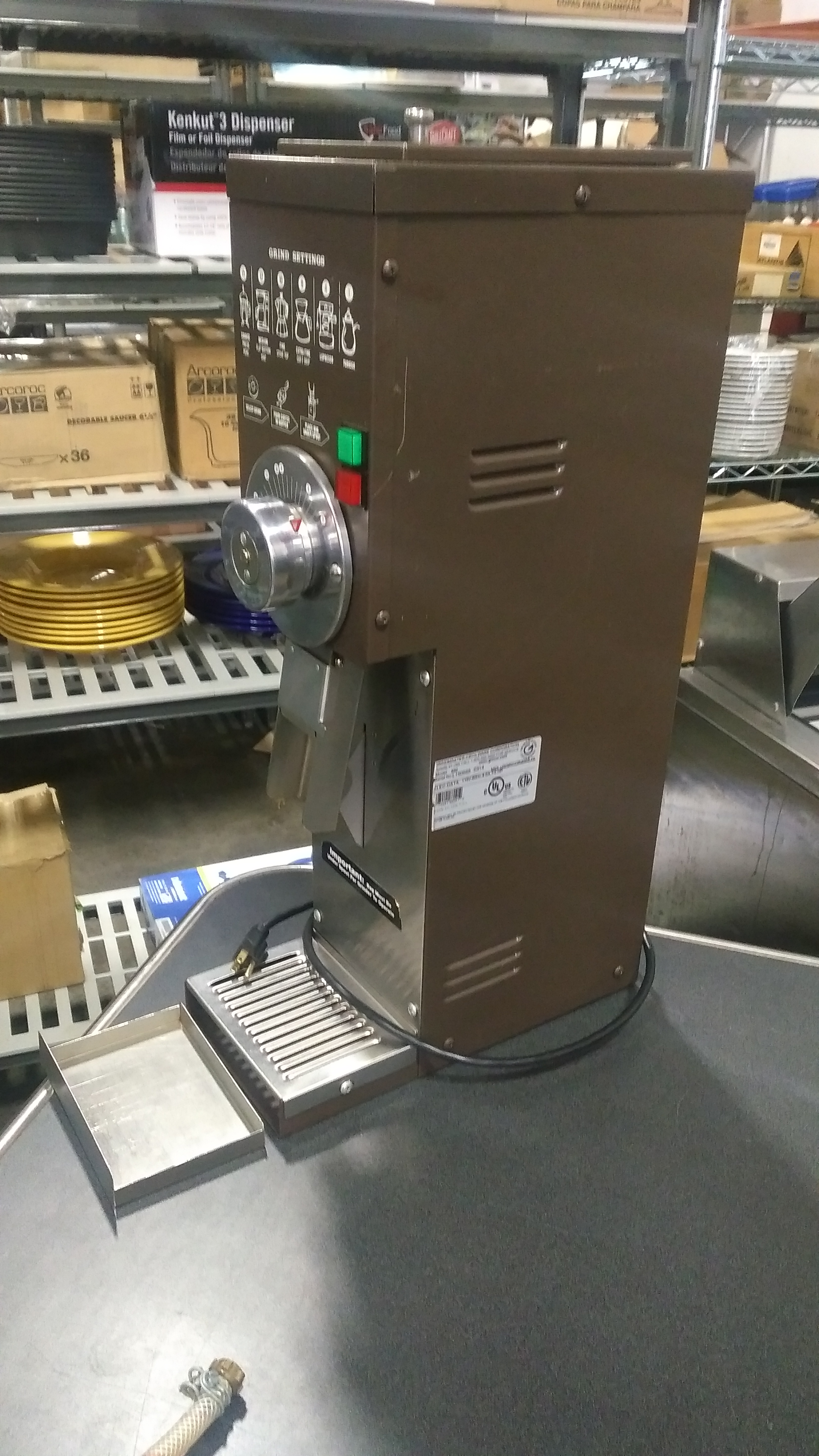 Lot 19 - Grindmaster 890 5lb Coffee Grinder 120v, tested/working